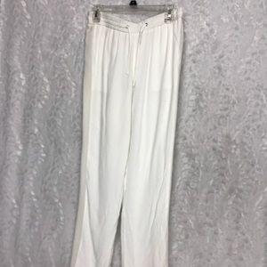 New Chelsea & Walker White Pants size 6 Sheer Silk